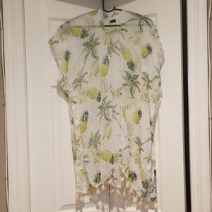 Pineapple coverup